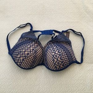 Victoria's Secret Very Sexy Push-Up Lace Bra.